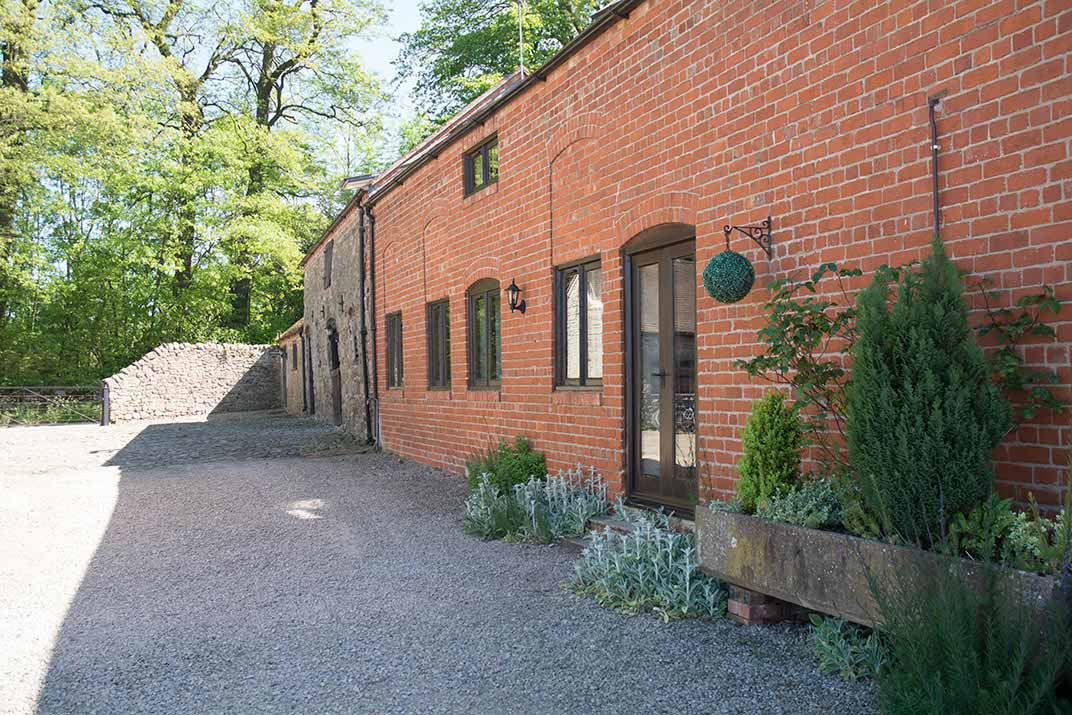 Accommodation Corn House Plaish Park Farm